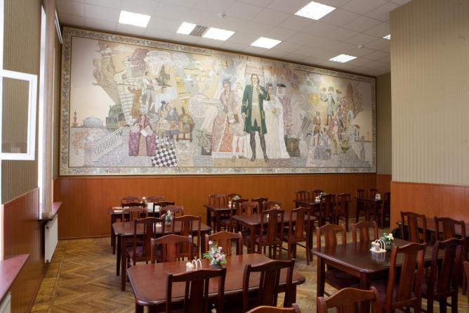 La vue de l'intérieur de la cafétéria